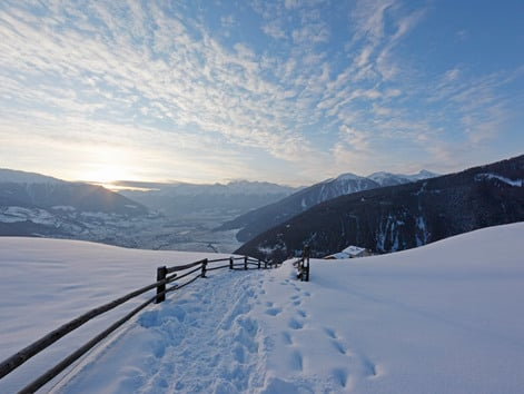 Hiking in winter and Ski-touring Tips